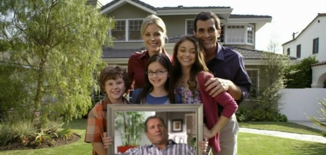 Fancy living in the Modern Family house? Well, you can! | SHEmazing!