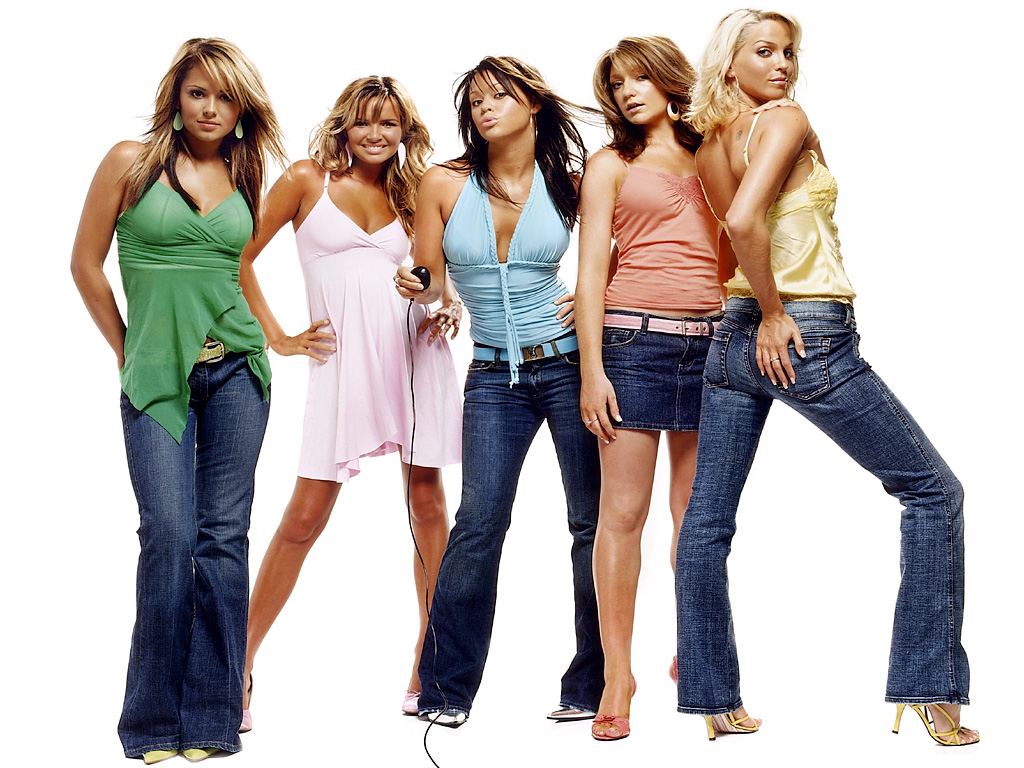 8 Fashion Trends That We All Loved In The 2000 S Shemazing