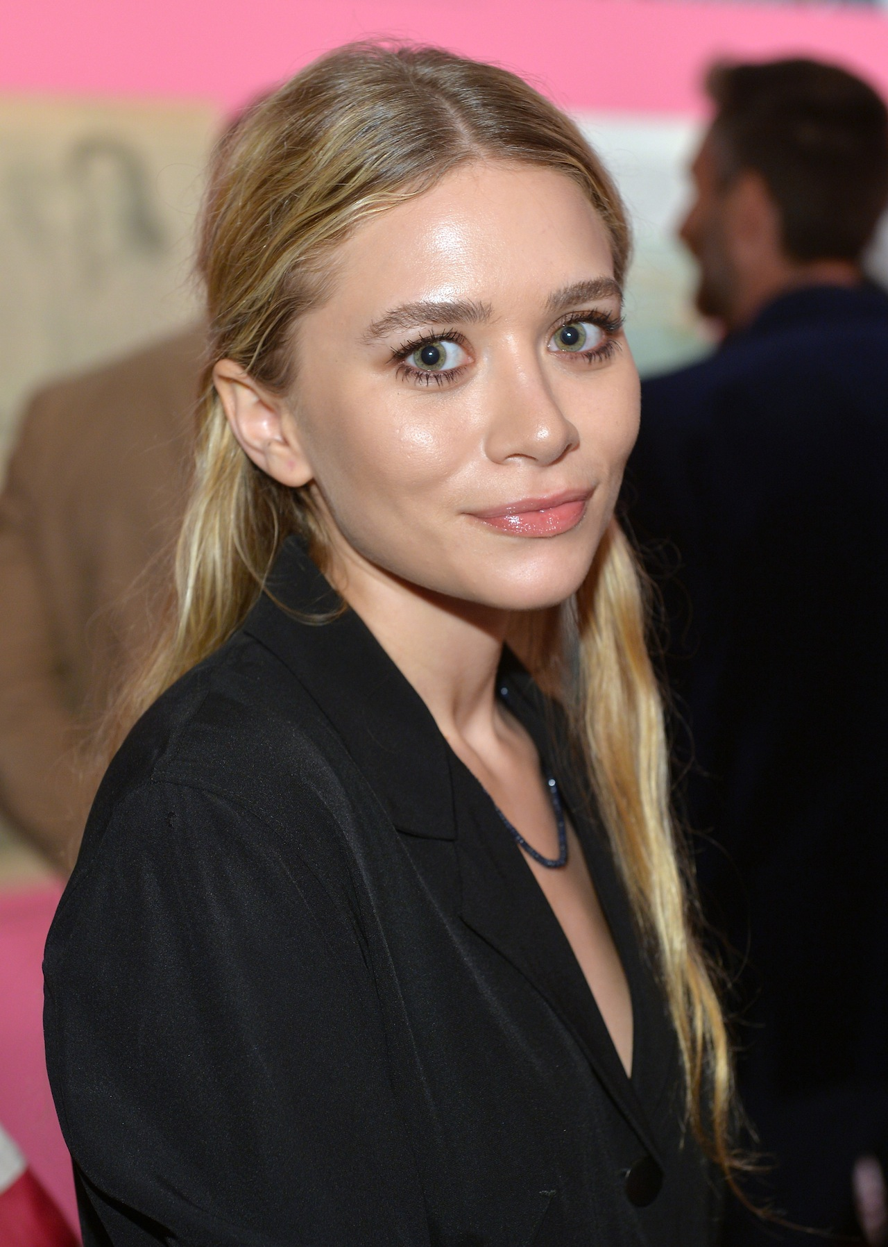ashley olsen instagram official