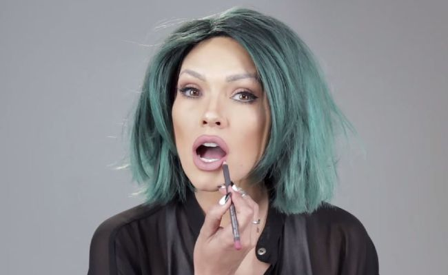 This makeup artist turns into 4 Kardashians… in under 2 minutes