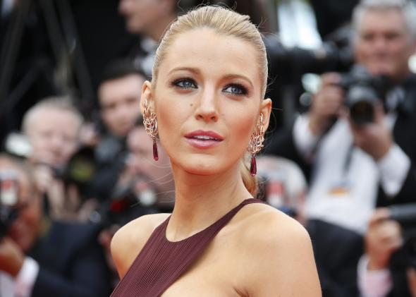 blake lively | SHEmazing! | Page 5