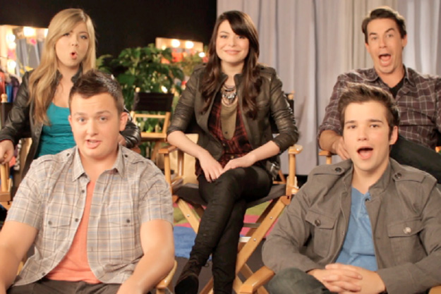 I Carly Cast: OMG! The ICarly Cast Had A Reunion And They Are All So