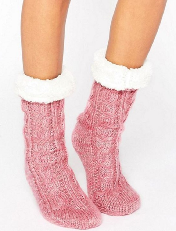 7673979f663 Cable Faux-Fur Lined Lounge Socks