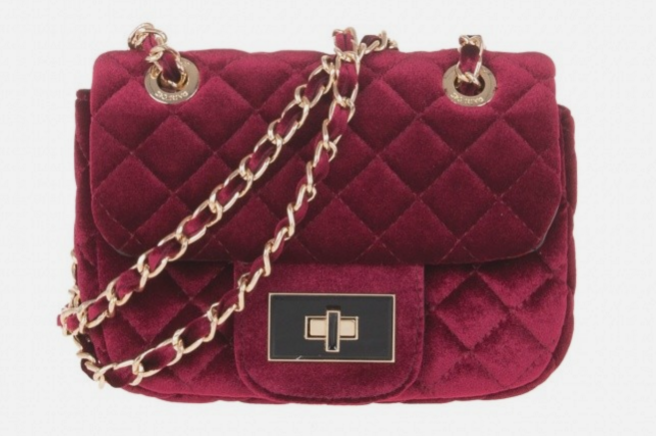 993754c62f01f2 PARTY! We just found this totally Michael Kors-alike bag… for €25 ...