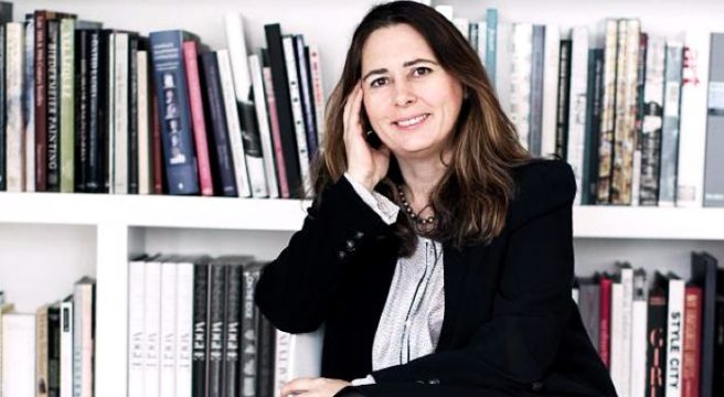 After 25 years, Alexandra Shulman steps down as editor of VOGUE UK