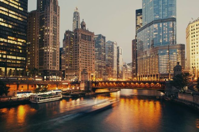 The Windy City awaits! You can head to CHICAGO for just €139