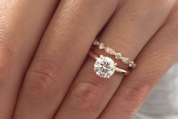 rose gold engagement rings are the latest gorgeous wedding trend - Gorgeous Wedding Rings