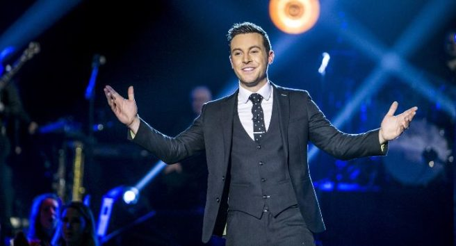 Single pringle: Nathan Carter says he 'doesn't know' what a love life is |  SHEmazing!