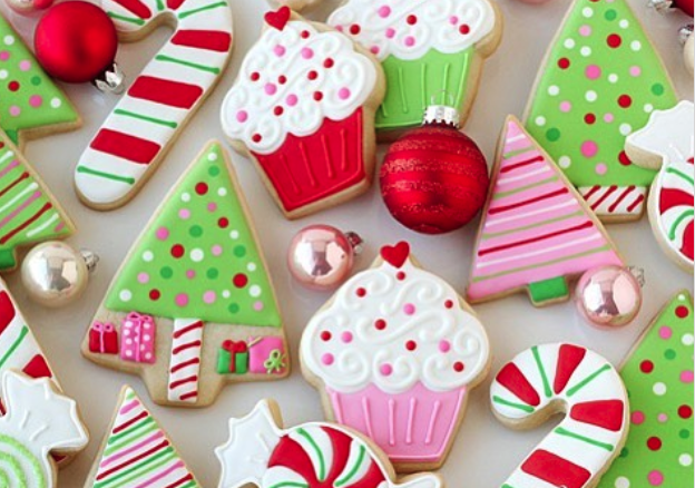 15 Adorable Christmas Cookies That Are Almost Too Pretty To Eat