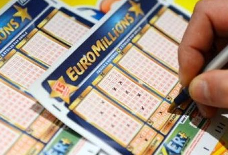 Is the €38.9m Euromillions jackpot victor from Offaly?