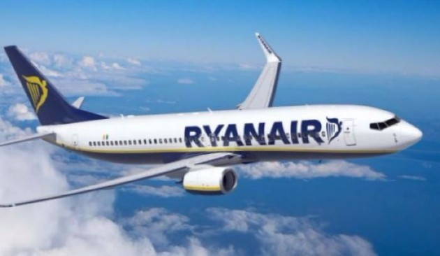 German cabin crew union urges Ryanair to set date for talks
