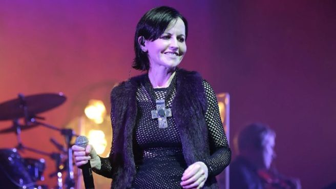 Hundreds queue in rain to pay respects to late Cranberries singer