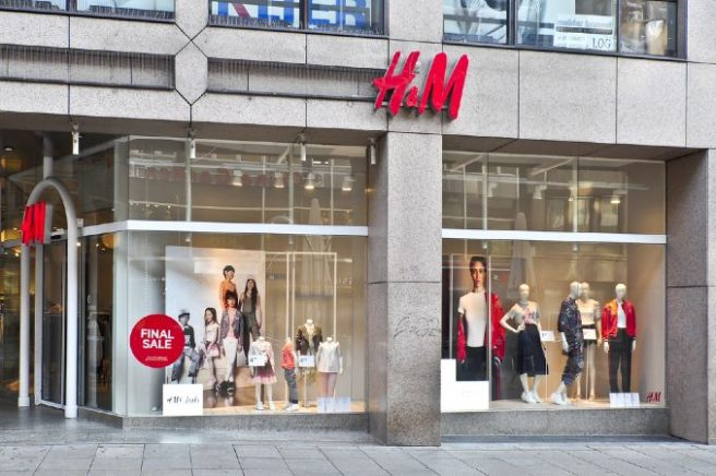 'Racist' H&M hoodie ad Pulled from online after online backlash