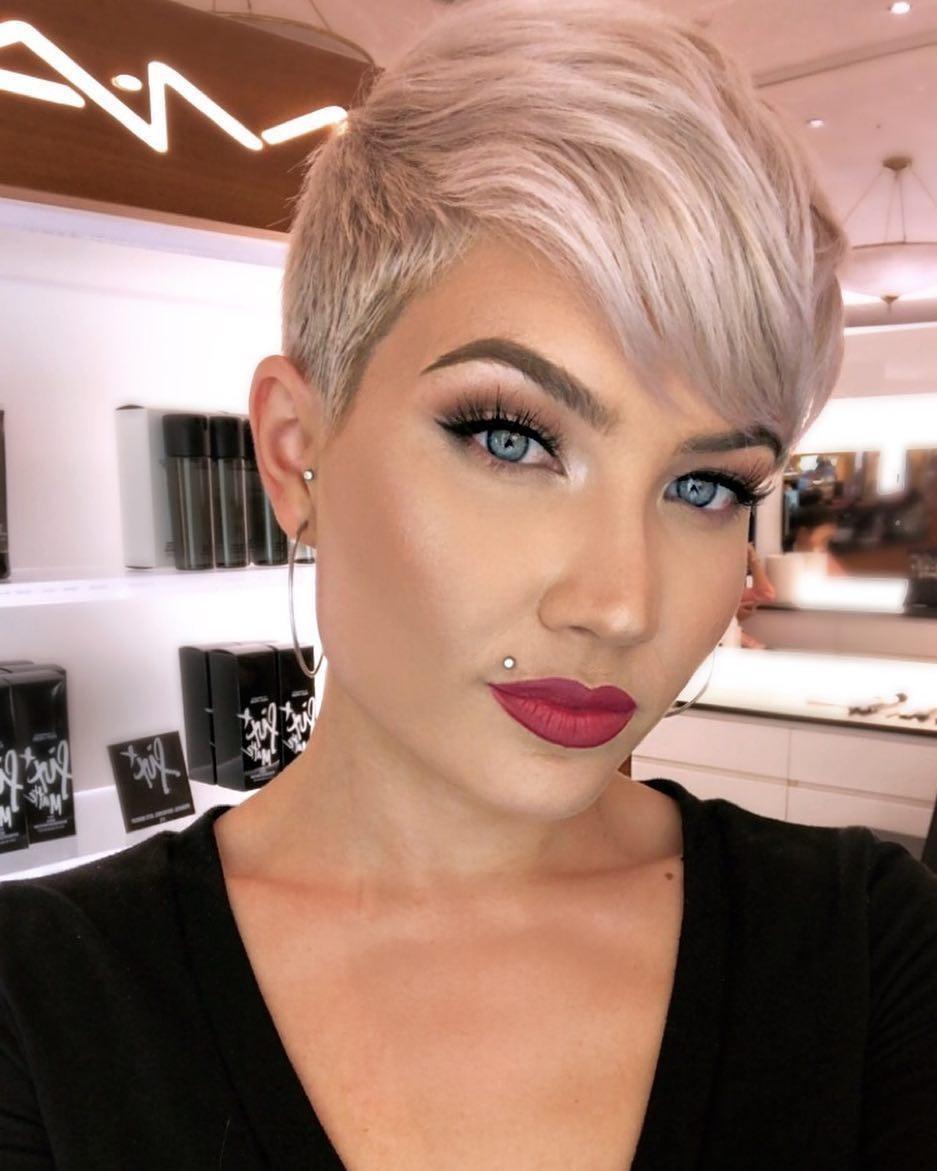 Elegant Fade Haircut For Women Shemazing