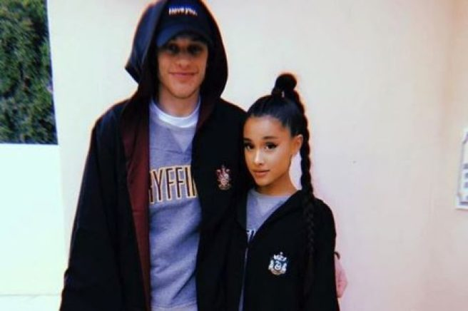 som är Ariana Grande dating WDW