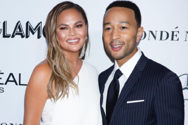 118abf396 'It hurts every time': Chrissy Teigen responds to pregnancy rumours