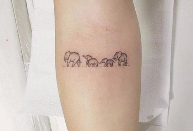 The Cutest 10 Tiny Animal Tattoos That We Re Totally Obsessed With