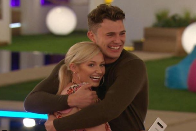 Love Island 2019 Day 33 Spoilers: A Kiss For Curtis
