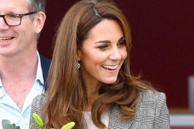 Kate Middleton Wore Her Favourite Tweed Suit For A Children's Hospital Visit